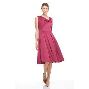 NWT Gal Meets Glam Berry Sleeveless Twist Dress